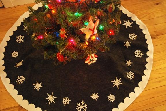 Diy Tree Skirt You And Mie