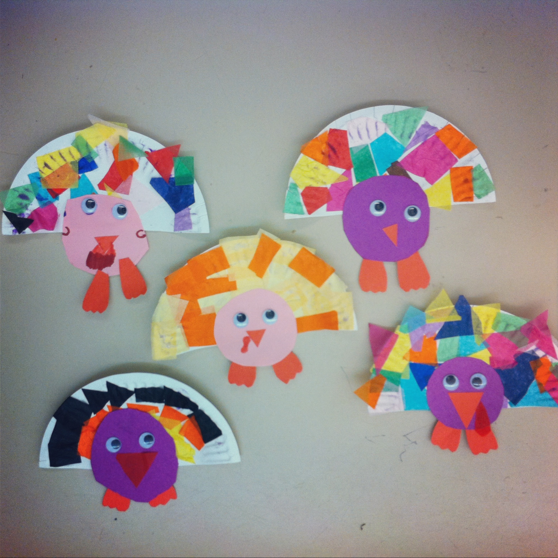 Easy thanksgiving projects you and mie for Thanksgiving craft ideas for kindergarten
