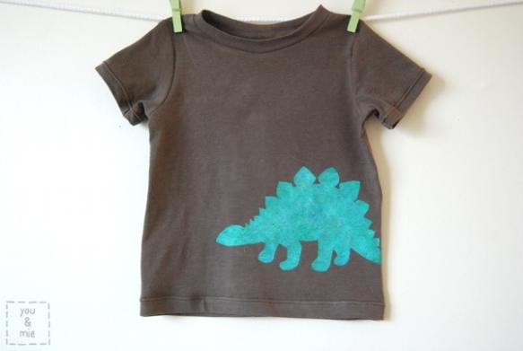 DinoShirt1