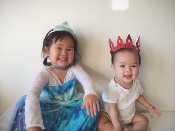 Queen Elsa and her baby sister // you & mie