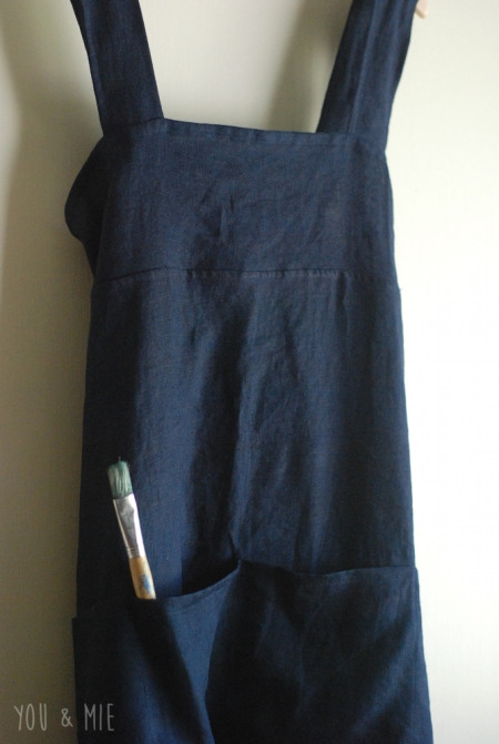 Crossback Apron by you & mie